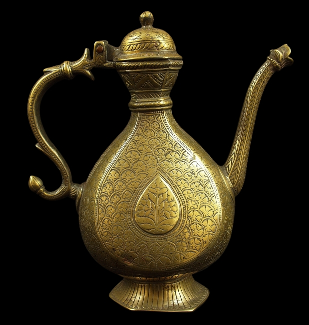 The ewer is unusual for Ottoman motifs on a Mughal object